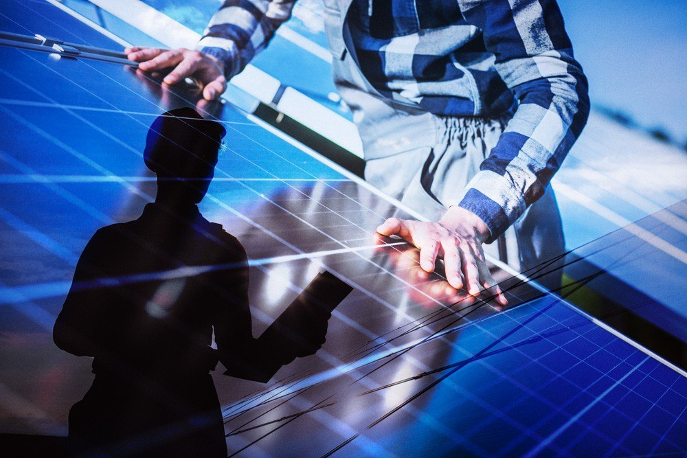 Photovoltaic Plate Installer and Wind Turbine Technician